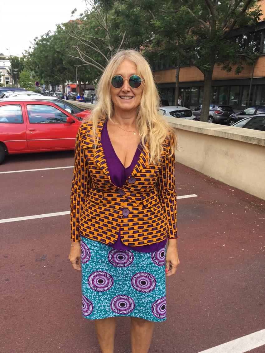 J'aime le Wax et j'aime l'Afrique et j'aime le porter ça me donne un petit air frais