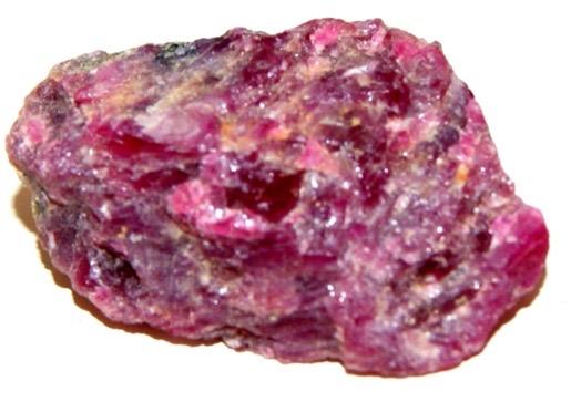Vous aimez les pierres précieuses alors vous aimerez ces produits A.Pedra cosmétiques