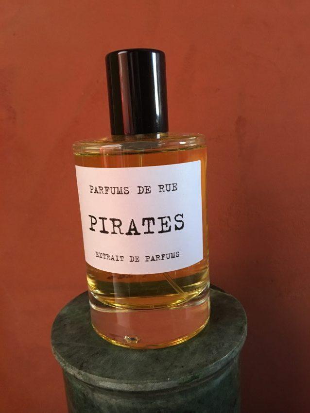 Une marque de parfums parisienne seulement pour les nez fins