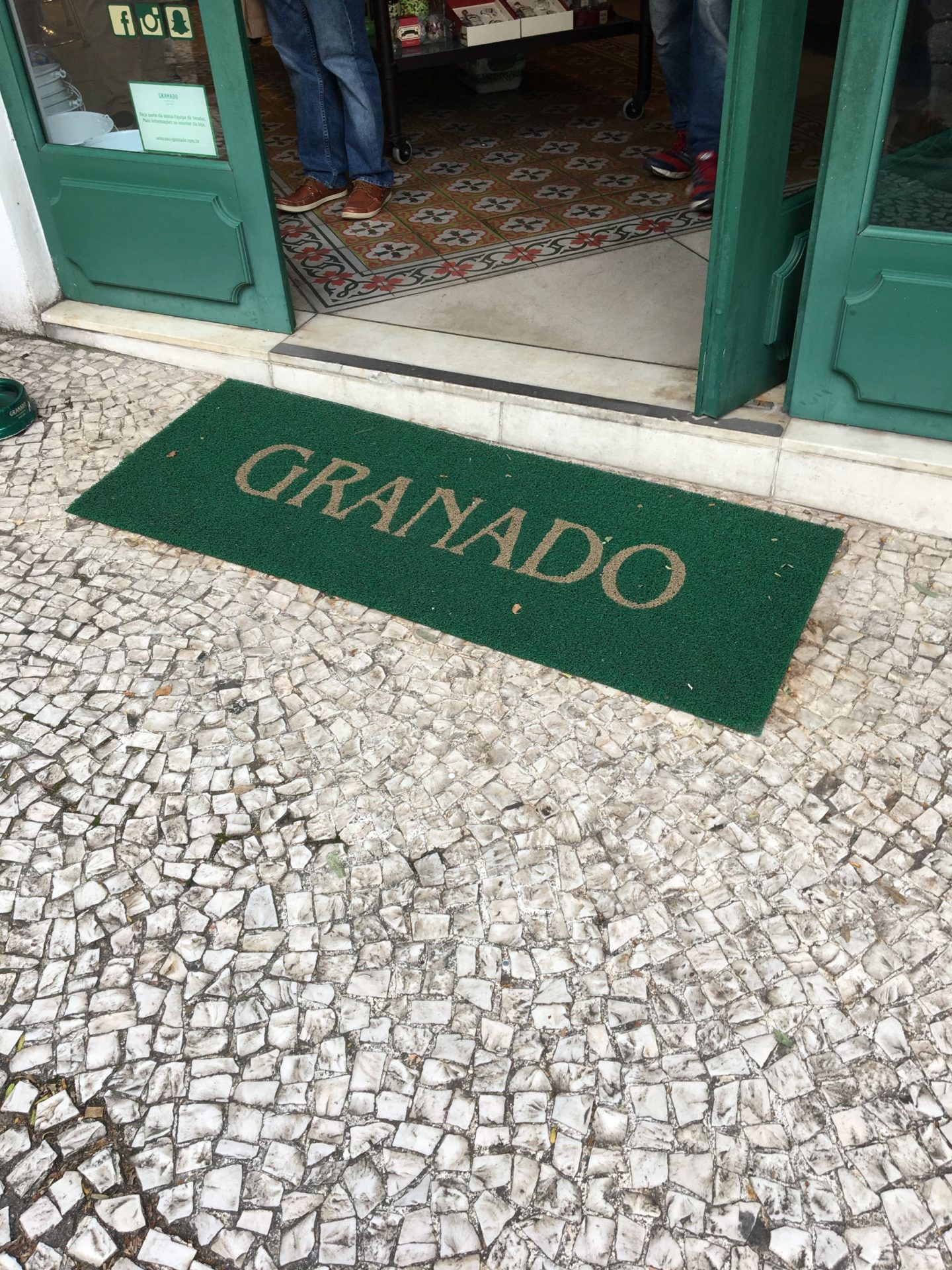 Des produits brésiliens granado naturels