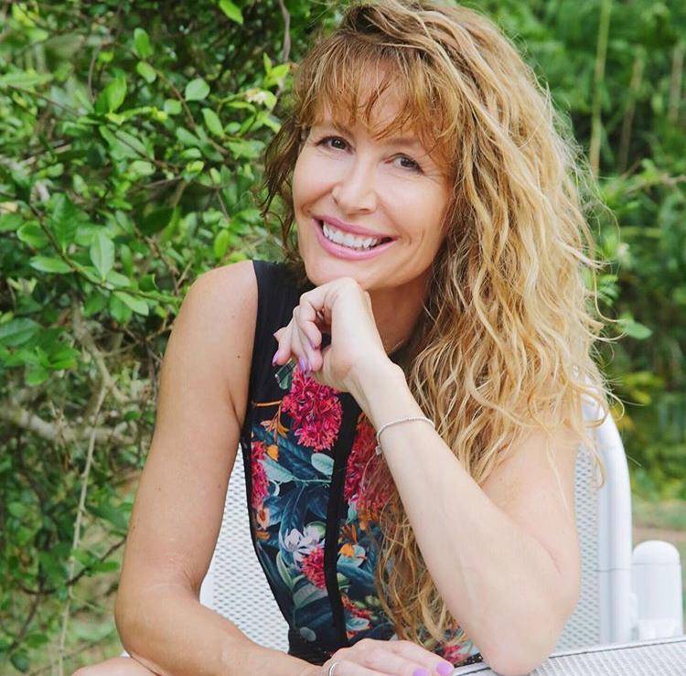 Lorraine C. Ladish est une blogueuse espano américaine du blog VIVA FIFTY